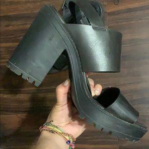 Divided h&m black heeled sandals